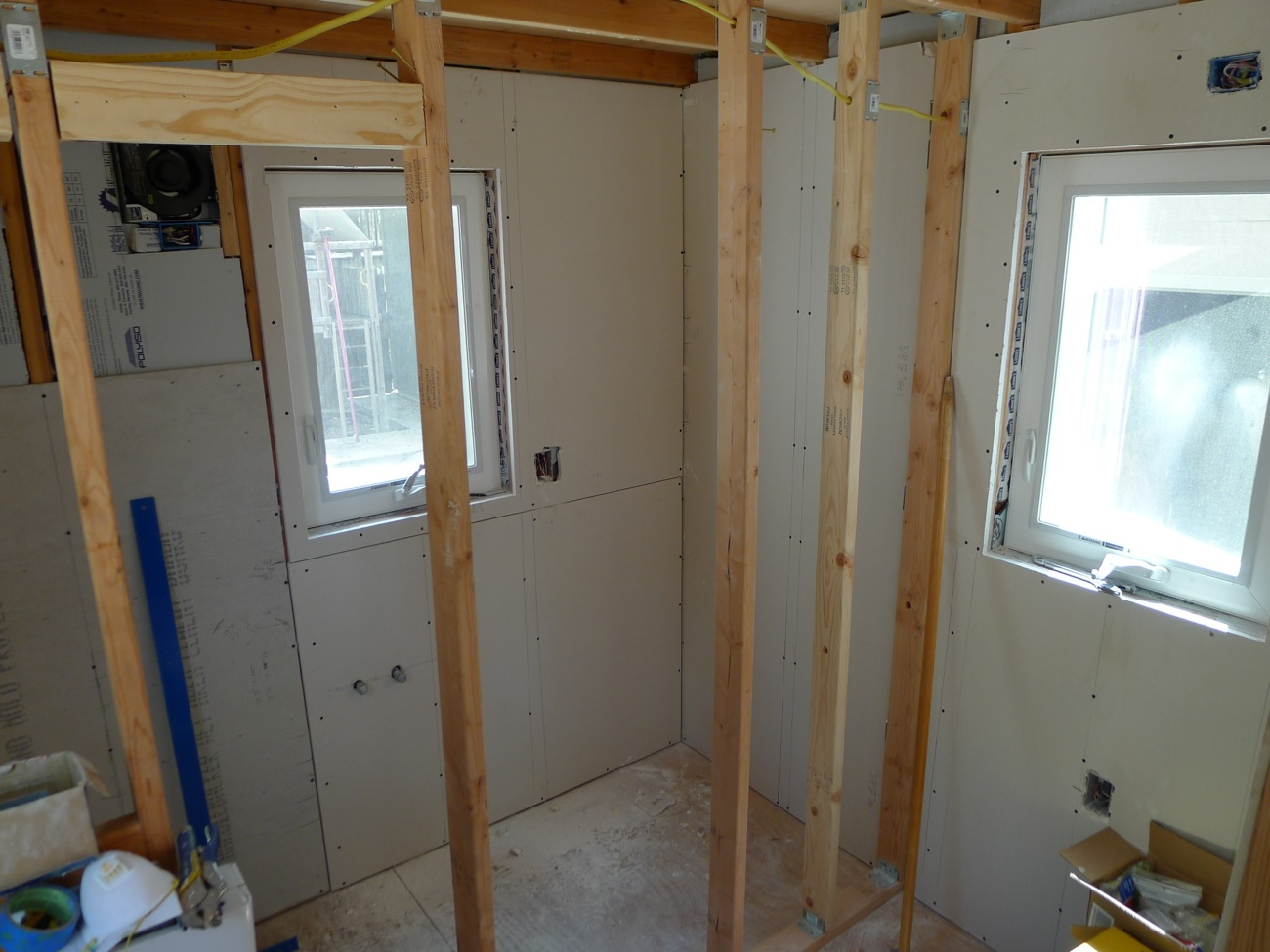 Tiny house finish drywall photos bathroom and shower 01 What sheetrock to use in bathroom