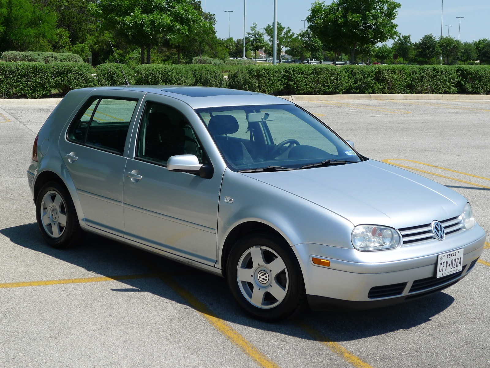 sold 2002 vw golf gls tdi 5spd pristine for sale. Black Bedroom Furniture Sets. Home Design Ideas